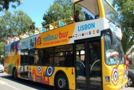 yellow-bus-lisbon-tours