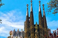 Sagrada Familia & Hop on hop off Barcelona