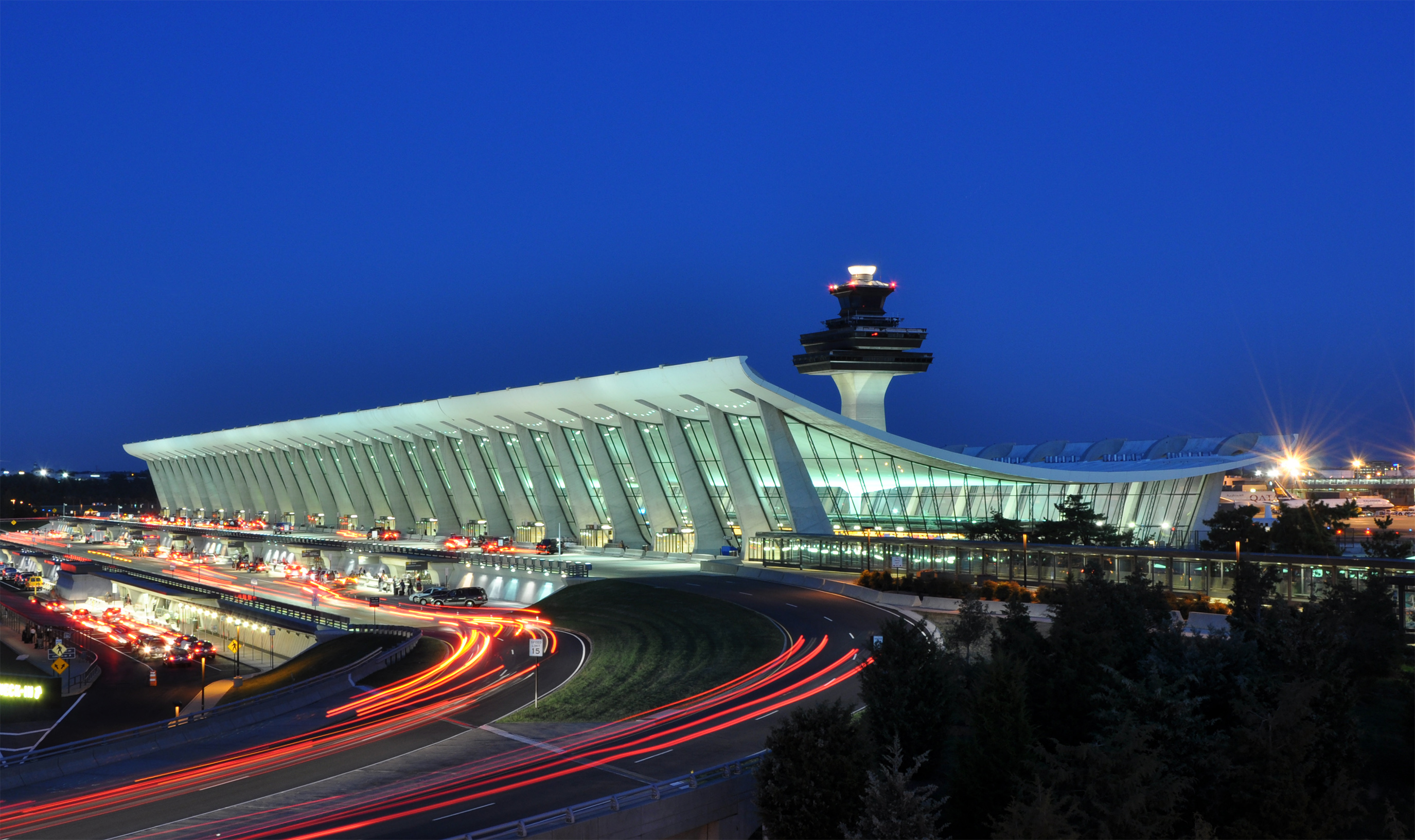 Washington Dulles International Airport(IAD)