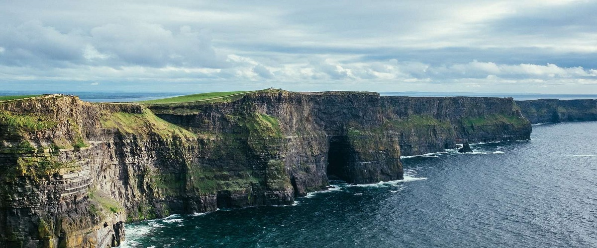 3-Day Cork, Blarney Castle, Ring of Kerry and Cliffs of Moher Rail Tour