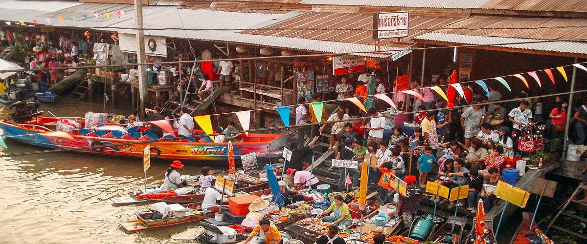 Amphawa Floating Market and Firefly Tour from Bangkok