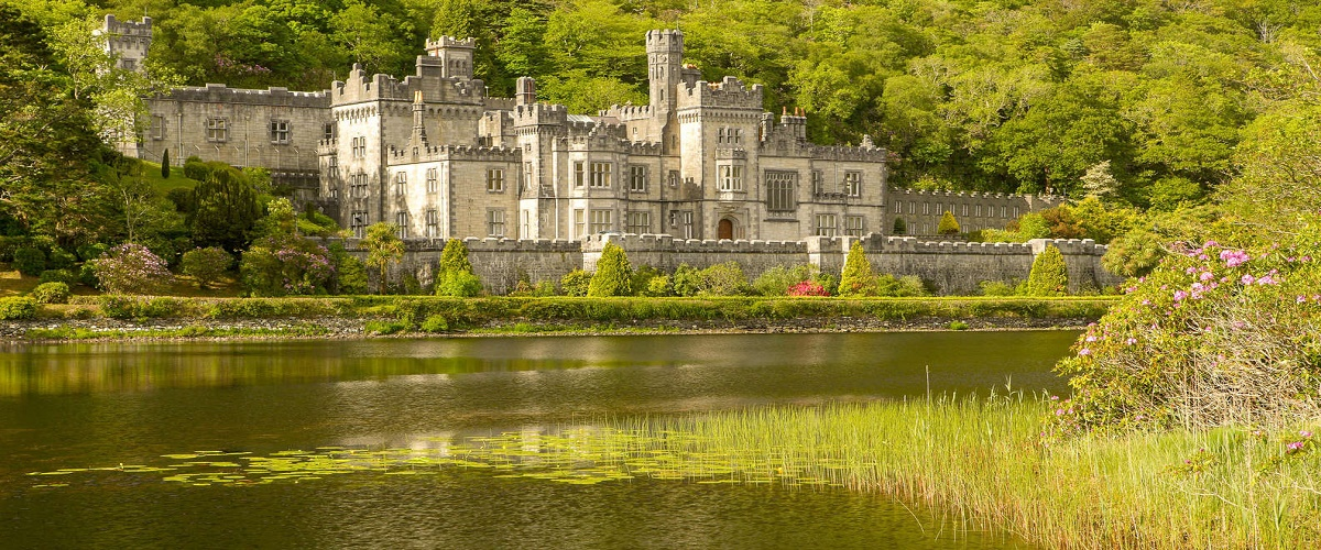 Connemara and Cong Village Day Trip from Dublin with Kylemore Abbey and Killary Fjord