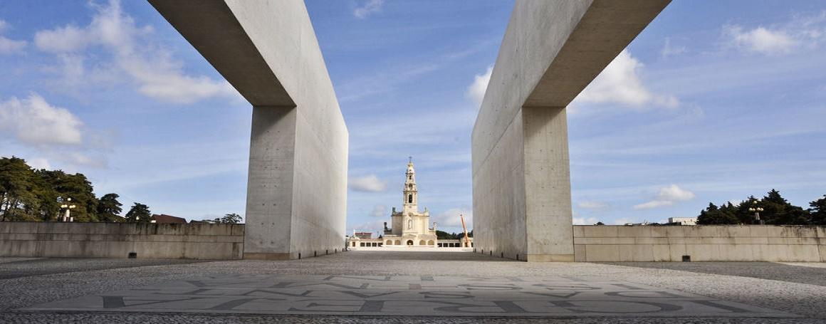 lisbon. 'day trip to 'Fatima-Sanctuary