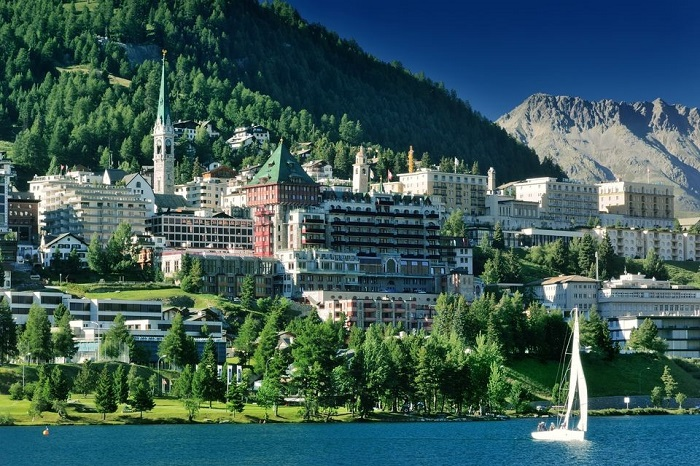 Lake Como, St.Moritz and Bernina express day trip