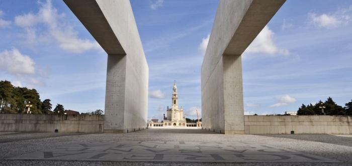 Lisbon day trip to Fatima-Sanctuary