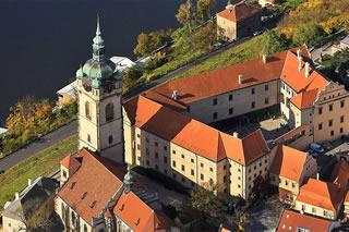 Melnik Chateau with Wine Tasting - a Day Trip from Prague<