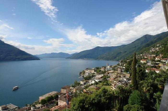 Milan day trip to Lake Maggiore and the Borromean Islands