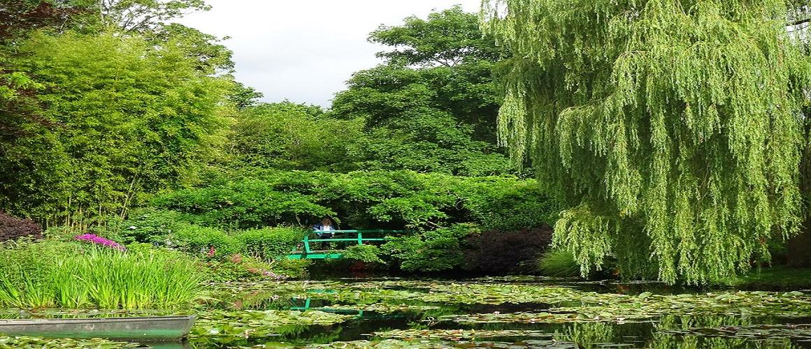 paris. 'day trip to 'Monet's Garden