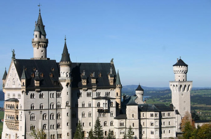 Neuschwanstein Castle full-day tour from Munich