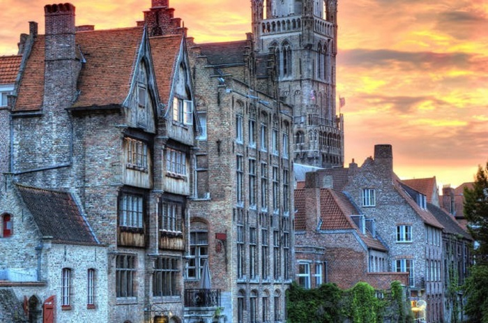 Paris day trip to Bruges