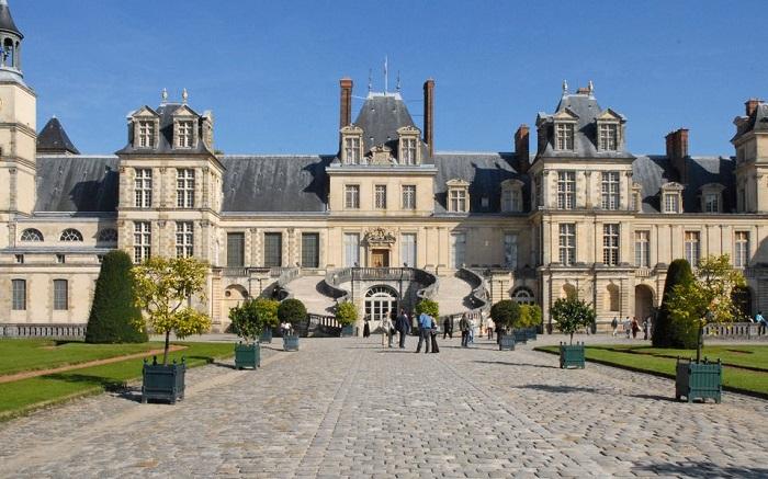 Paris day trip to Fountainebleu de Chateau