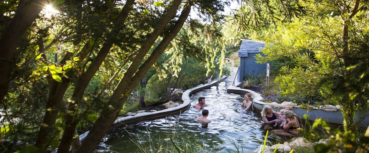 Peninsula Hot Springs Day Trip from Melbourne