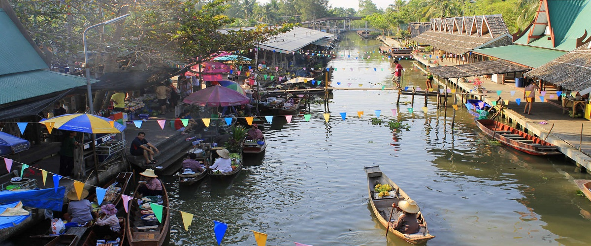 Private Tour to Tha Kha Floating Market from Bangkok