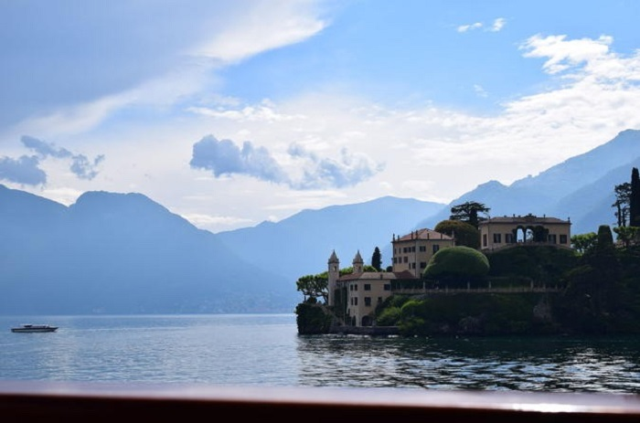 Lake Como, Lugano and Switzerland day tour from Milan