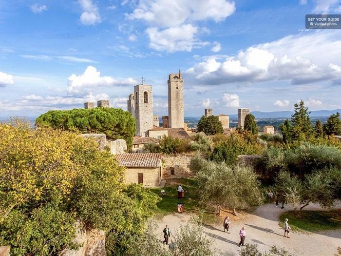 Tuscan 1 day: Siena, San Gimignano, Monteriggioni, Chianti