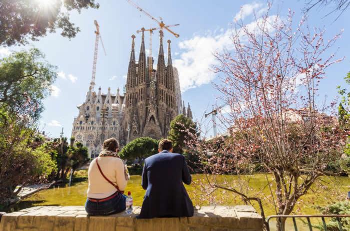 Sagrada Familia Tour with Flamenco Show