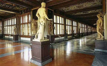 Uffizi Gallery Second floor Interior