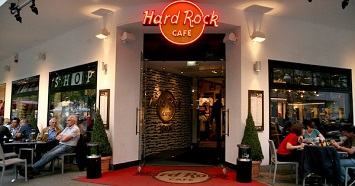 Party at the Hard Rock Café