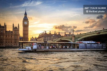 Book a Romantic Dinner Cruise at the River Thames