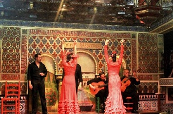 Enroll Yourself at a Flamenco Dance Class