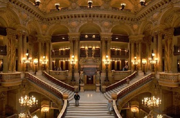 Catch a World-Class Ballet Performance at the Palais Opera Garnier
