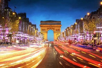 Go for a Romantic Stroll Around the Champs-Elysees