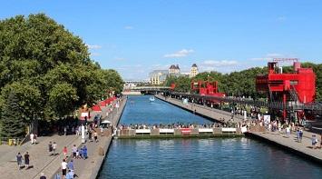Rent a Boat at Canal de l'Ourcq