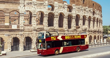 Join a Panoramic Big Bus Night Tour