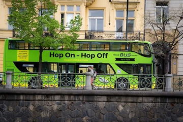 Prague: 24 or 48-Hour Hop-On Hop-Off Ticket & River Cruise
