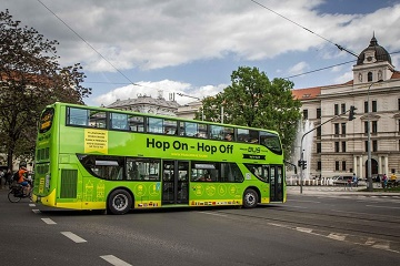 Hop on Hop Off 48 hours Tour in Prague and Castle Tour