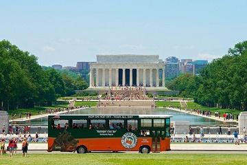 Washington DC Super Saver: Hop-on Hop-off Trolley and DC Duck Tours