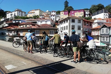 3-Hour of Porto Highlights on a Electric Bike - Guided Tour Tickets