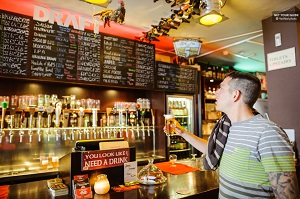 Amsterdam Beer Walking Tour with a Local Tickets