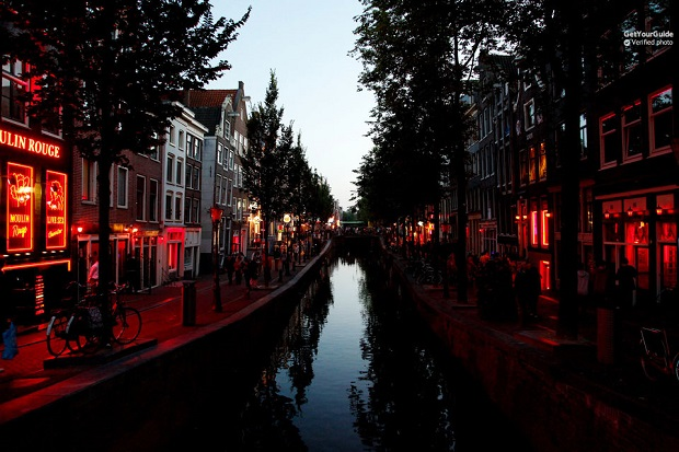 Amsterdam Red Light District Walking Tour Tickets
