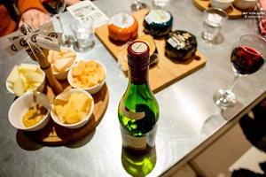 Henri Willig Cheese Tasting Tour with Wine Tickets