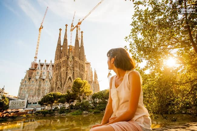 Skip the line Barcelona Sagrada Familia Tour Ticket Tickets