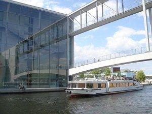 Berlin East Side Cruise : 2.5 Hour Tickets