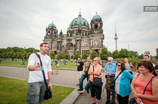 Berlin Highlights and Hidden Sites Historical Tour Tickets