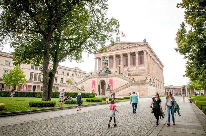 Discover Berlin Walking Tour Tickets