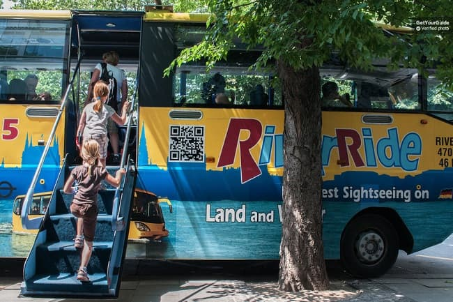 Budapest by Land and Water: Floating Bus Tour Tickets