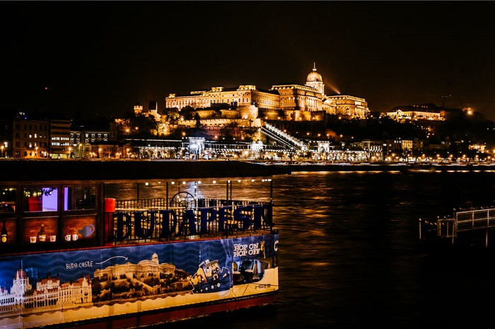 Budapest Day and Night Sightseeing Cruise Tickets