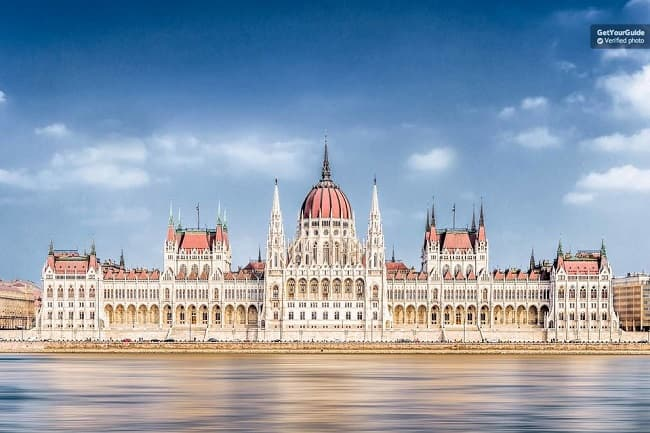 Budapest Parliament 45-Minute Guided Tour Tickets