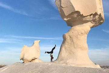DAY TRIP TO BAHARIYA OASIS VISIT BLACK AND WHITE DESERT FROM CAIRO