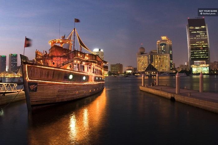 Dhow Cruise Dubai Creek Dinner Tickets