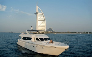 Dubai Marina Luxury Yacht Tour with Breakfast or BBQ Tickets