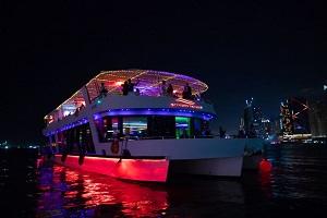 Luxury Dubai Marina Cruise Dinner Tickets