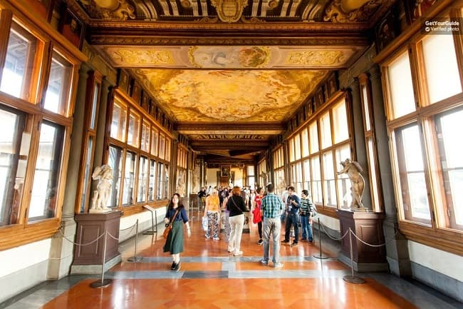 Florence Walking Tour and Skip the Line Uffizi Museum Tickets