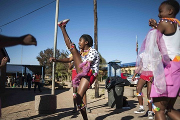 Johannesburg Tour: Cycle Soweto with a Local Guide