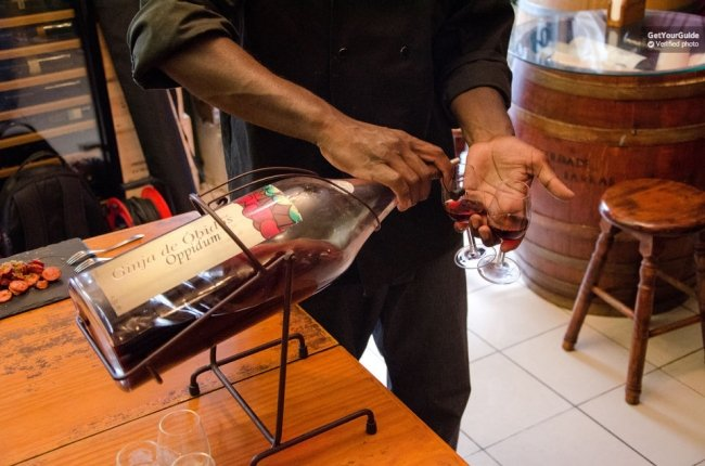 Lisbon: Gourmet Walking Tour and Tastings Tickets