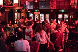 London Pub Crawl and Nightlife Tour Tickets